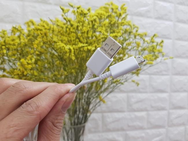 Cable USB Galaxy J4 chính hãng Samsung