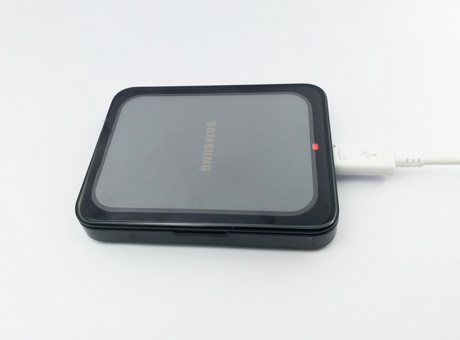 Dock sạc pin rời Galaxy Grand 2 chính hãng màu đen