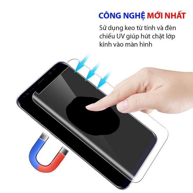 Kính cường lực Galaxy Note 8 Full keo kết hợp tia UV cho độ bám tốt hơn