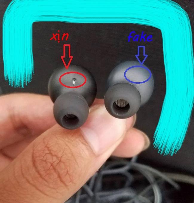 lỗ thoát tai nghe s8 akg chính hãng
