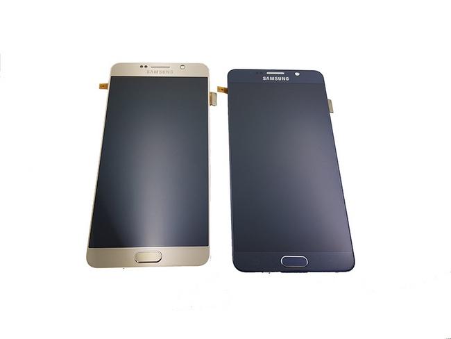 Mặt kính điện thoại Samsung Note 5 bị vỡ