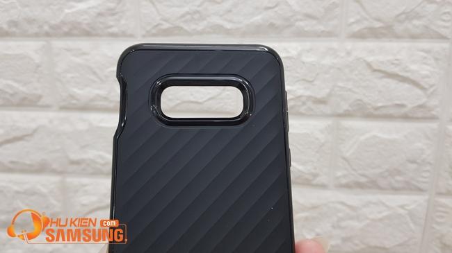 Ốp lưng Samsung S10E Spigen Neo Hybrid