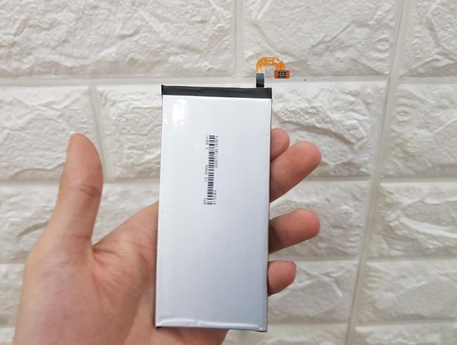 Thay pin Galaxy C9 Pro chính hãng