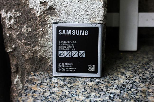 khay sim và thẻ nhớ Samsung Note 8