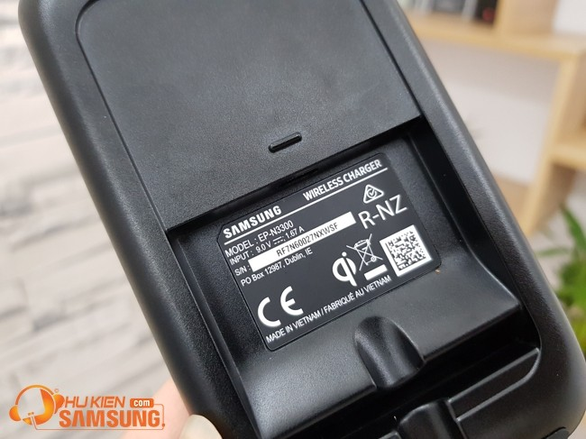 Đánh giá đế sạc không dây Samsung EP-N3300 Note 20 Ultra