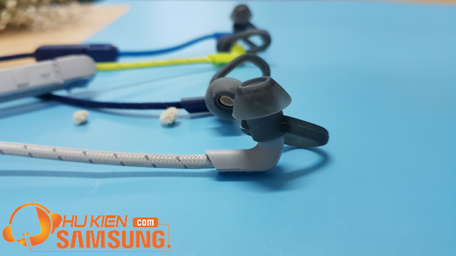tai nghe bluetooth thể thao tốt nhất plantronics backbeat fit 305