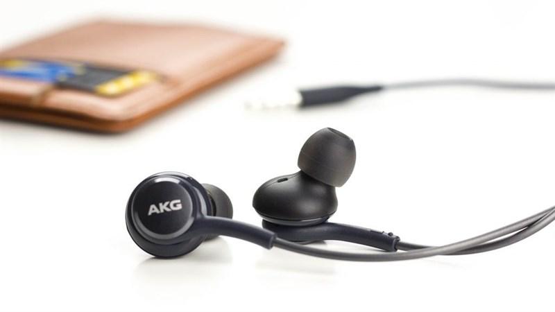 Tai nghe AKG Note 8