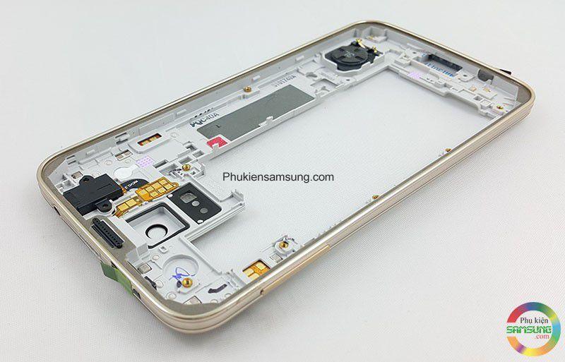 Màu vàng sâm panh rất đẹp cho Galaxy S5