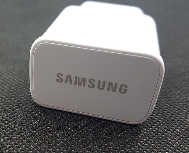 Củ sạc nhanh Galaxy A5 2017 chính hãng