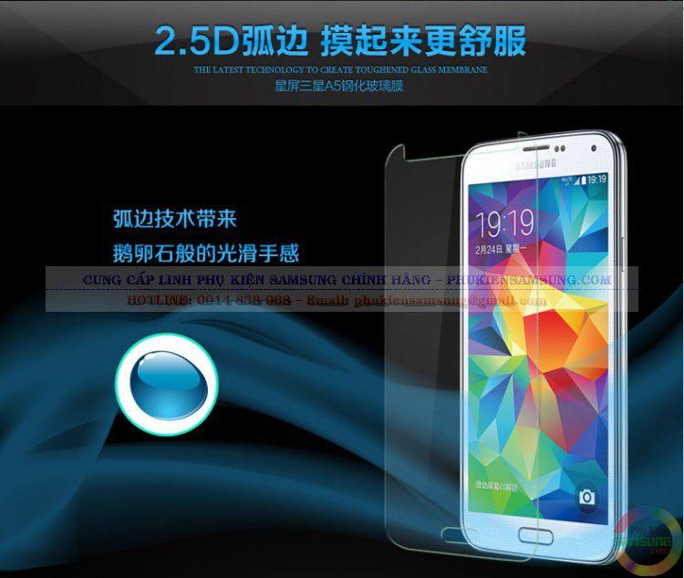 Chất liệu trong suốt, kính cường lực Samsung A3 không làm ảnh hưởng đến chất lượng màu của máy