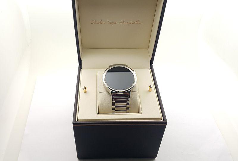 Đồng hồ thông minh Huawei phiên bản dây sắt